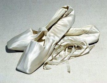 cd6f9805a3 A história da sapatilha de ponta