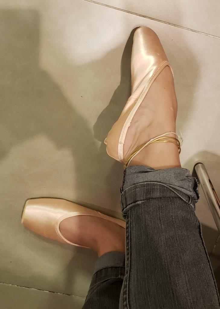 92028fa3f1 A Gaynor é uma sapatilha pensada para ficar boa no seu pe desde o instante  que você experimenta ela