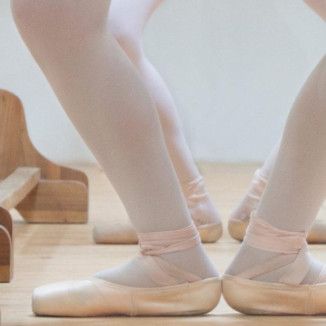Plié: o passo mais importante do ballet!
